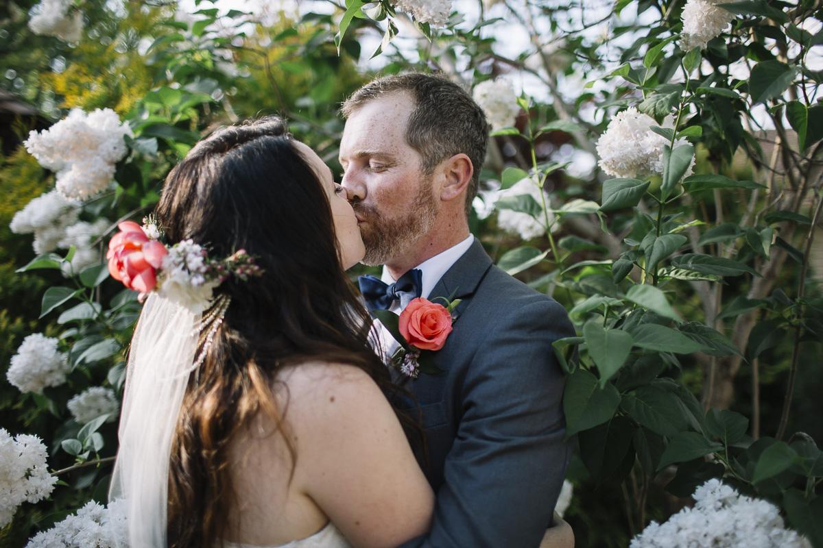 greenhouse-wedding-muskoka-wedding-photographer-danielle-meredith-36