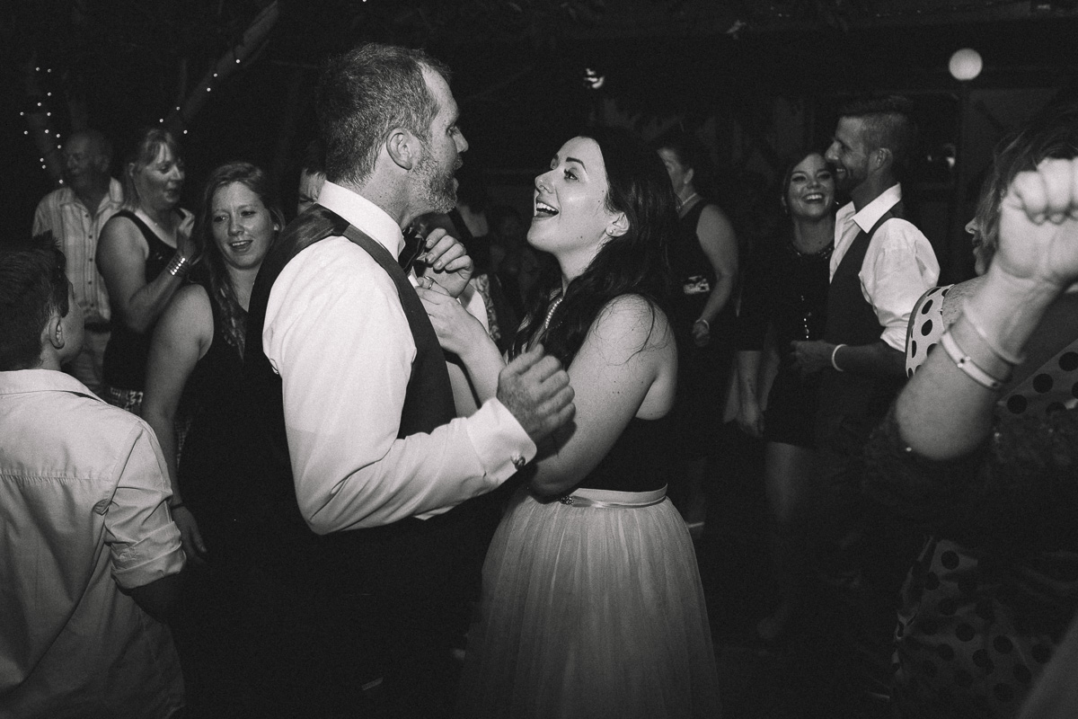 greenhouse-wedding-muskoka-wedding-photographer-danielle-meredith-82